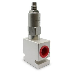 Side view of Adjustable Pressure Relief Valve; Pilot-Operated; 6 GPM; 3000 PSI; #8 SAE (3/4 – 16 ORB)
